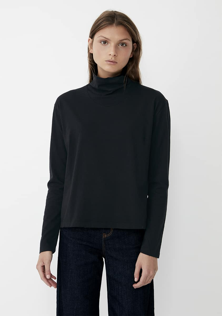 SOPH Top-Black